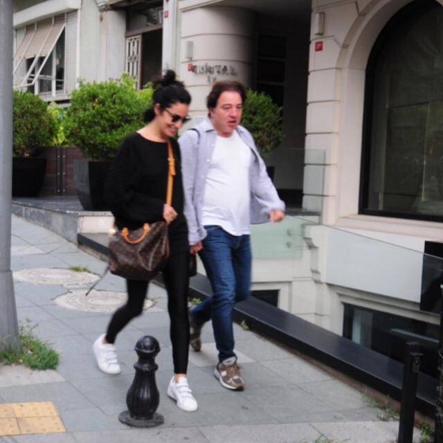 Famebuster Fazıl Say, Ece Dağıstan Esmer güzeliyle Nişantaşı'nda fame buster