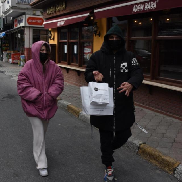 Famebuster Aslı Bekiroğlu Sevgilisi ile Arnavutköydeler fame buster