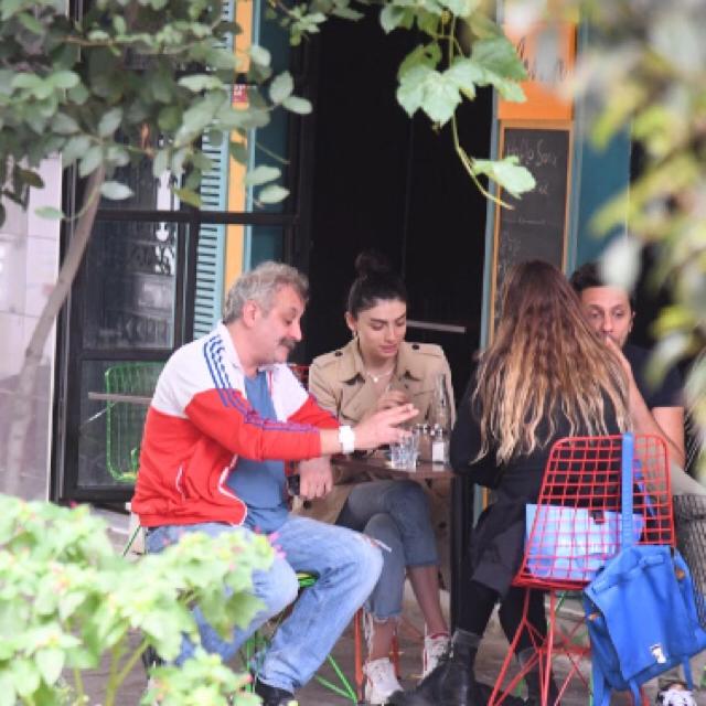Famebuster Hazar Ergüclü, Onur Ünlü Sevgilisiyle Cihangir'de fame buster