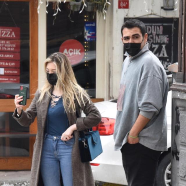Famebuster Yasmin Erbil Yanındaki adam ne kötü baktı be fame buster