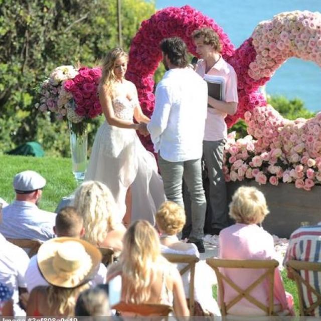 Famebuster Denise Richards, Aaron Phypers Surprise Wedding fame buster